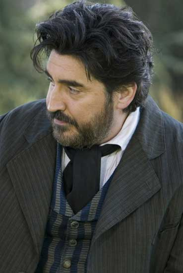 http://www.lahiguera.net/cinemania/actores/alfred_molina/fotos/6013/alfred_molina.jpg