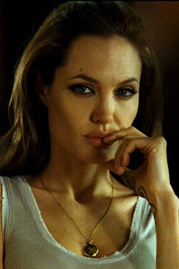 Angelina jolie et antonio banderas - 3 part 6