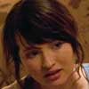 Emily Browning Presencias extra�as