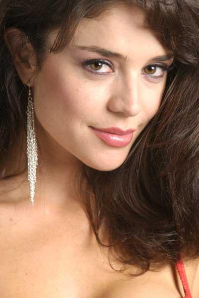 Flora Martínez - Photo Actress