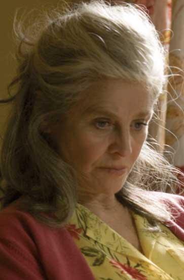 Jojo Rabbit >> Julie Christie foto Lejos de ella / 3 de 8