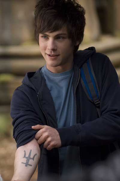 Regalos... Logan_lerman