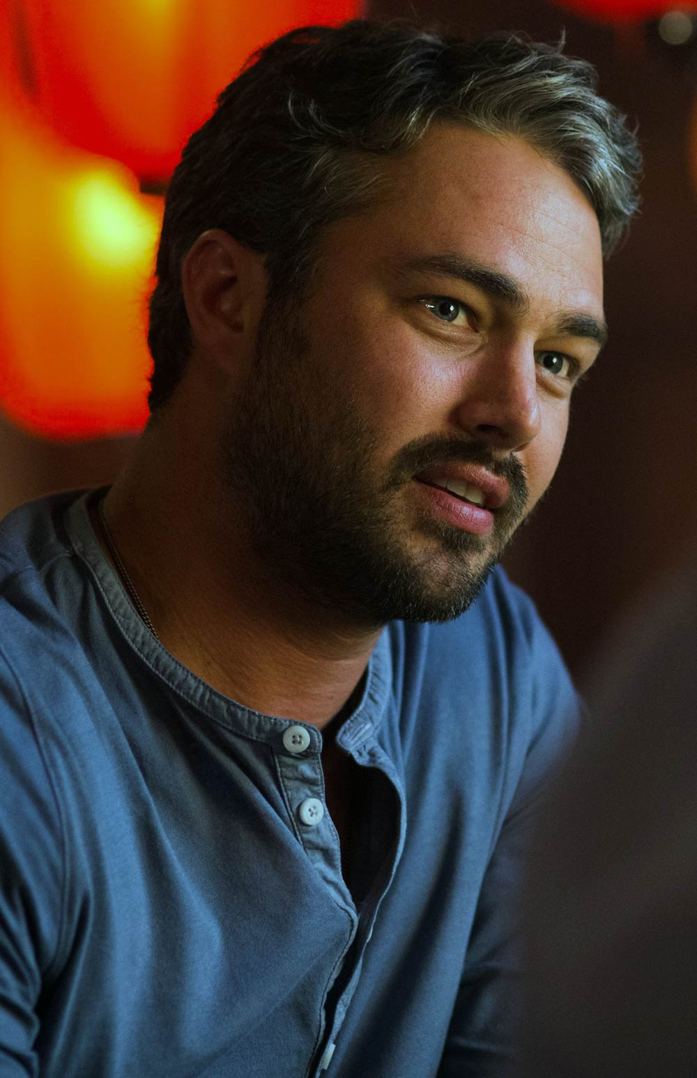 Taylor Kinney Dating 2...