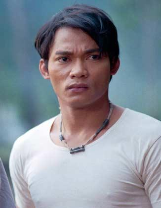Tony Jaa (sorprendente habilidad)