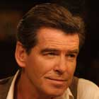 "Pierce Brosnan en ""All you need is love"""