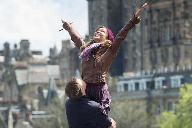 Amanece en Edimburgo - fotograma de la película