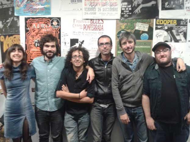 Xoel López en Ponferrada con su banda
