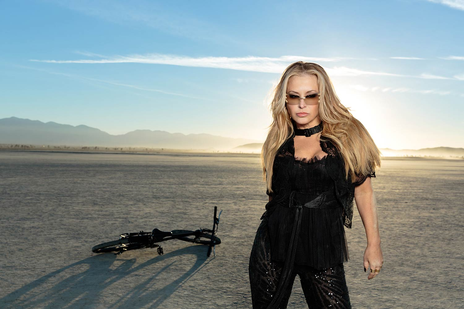 black singles in newkirk Born on 17th september 1968, anastacia lyn newkirk is an american singer, producer and former dancer she began her career as a dancer for hire in 1983.