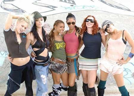 Pussycat Dolls - Jai Ho espaol - YouTube