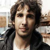 """Hidden Away"", nuevo single de Josh Groban"