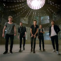 One Direction 4 top 6 en la lista de canciones en Espa�a