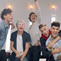 One Direction sigue liderando la lista brit�nica