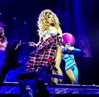 Art�culo Patrocinado: Lady Gaga en Barcelona con Chupa Chups