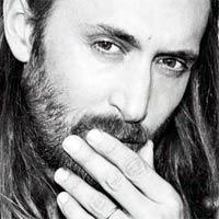 David Guetta y Pablo Albor�n lideran las listas en Espa�a