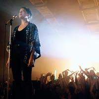 Natalia Lafourcade y Rihanna, en los v�deos de la semana