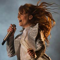 Florence + the Machine recupera el liderato en discos en UK