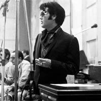 12º nº1 para Elvis Presley en la lista británica de discos