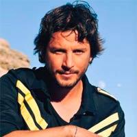 Manuel Carrasco sigue n�1 en discos con 'Bailar el viento'
