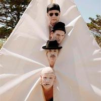 Red Hot Chili Peppers n�1 en LaHiguera con Dark necessities