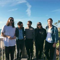 "Local Natives nº1 en LaHiguera.net con ""Fountain of youth"""