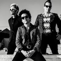 """Green Day n�1 en discos en UK con """"Revolution radio"""""""