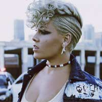 "P!nk interpreta el ""Stay with me"" de Sam Smith"