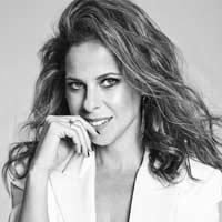 """Pastora Soler nº1 en discos en España con """"La calma"""""""