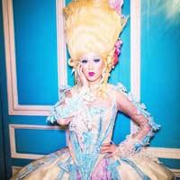 Katy Perry y Björk en los vídeos de la semana