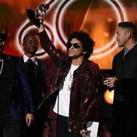 Bruno Mars arrasa en la 60ª edición de los Grammy