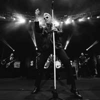 """Loquillo nº1 en ventas con """"Rock and roll actitud 1978-2018"""""""