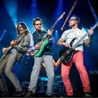 """Weezer estrena su versión del """"Africa"""" de Toto"""