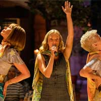 """Mamma Mia!"" sigue nº1 en discos en UK"