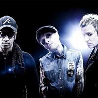 """The Prodigy nº1 en discos en UK con """"No tourists"""""""