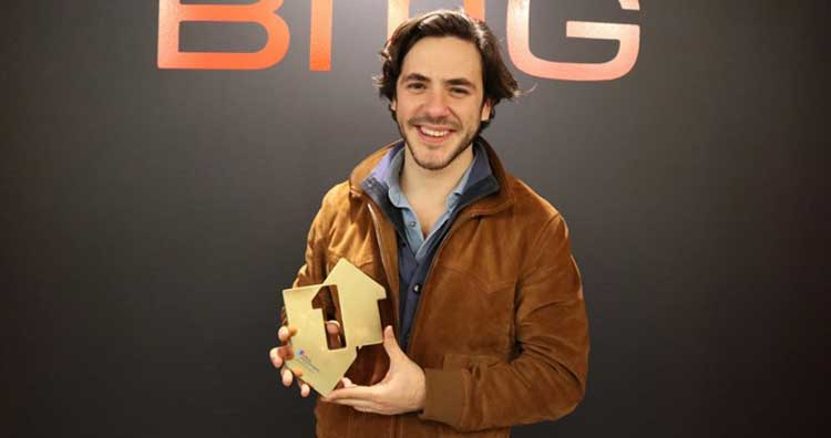 Jack Savoretti nº1 en discos en UK con Singing to strangers