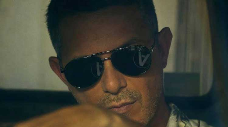 Alejandro Sanz sigue con #Eldisco nº1 en España