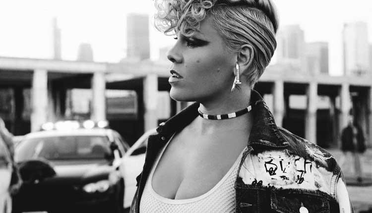 Pink 3ª semana nº1 en discos en UK con 'Hurts 2B Human'