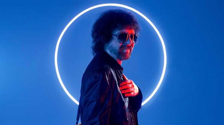 Jeff Lynne's ELO nº1 en discos UK con 'From out of nowhere'