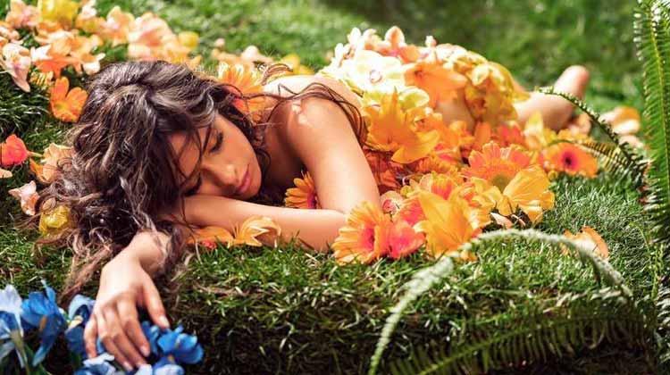 Camila Cabello en los vídeos de la semana