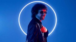 Jeff Lynne's ELO nº1 en discos UK con 'From out of nowhere'